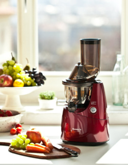 Kuvings Whole Slow Juicer  B6000W Exclusive červený
